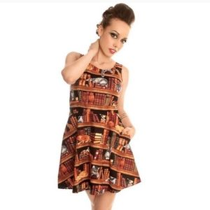 *ISO* Retrolicious cats & books dress XL